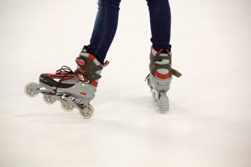 Kerekeken vagy pengeélen, avagy a korcsolya és görkorcsolya különbségei