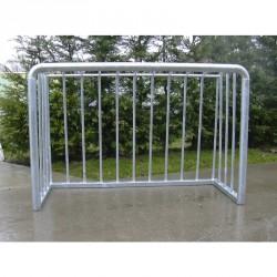 Grundkapu, 150x100 cm, tüzihorg. acél. rácsos labdafogóval Sportszer Drenco