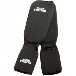 Ruca Fighter karate lábszárvédő fekete Sportszer Rucanor