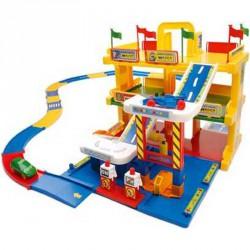 Garázs 3 szintes játszóterülettel Autópályák, parkolóházak